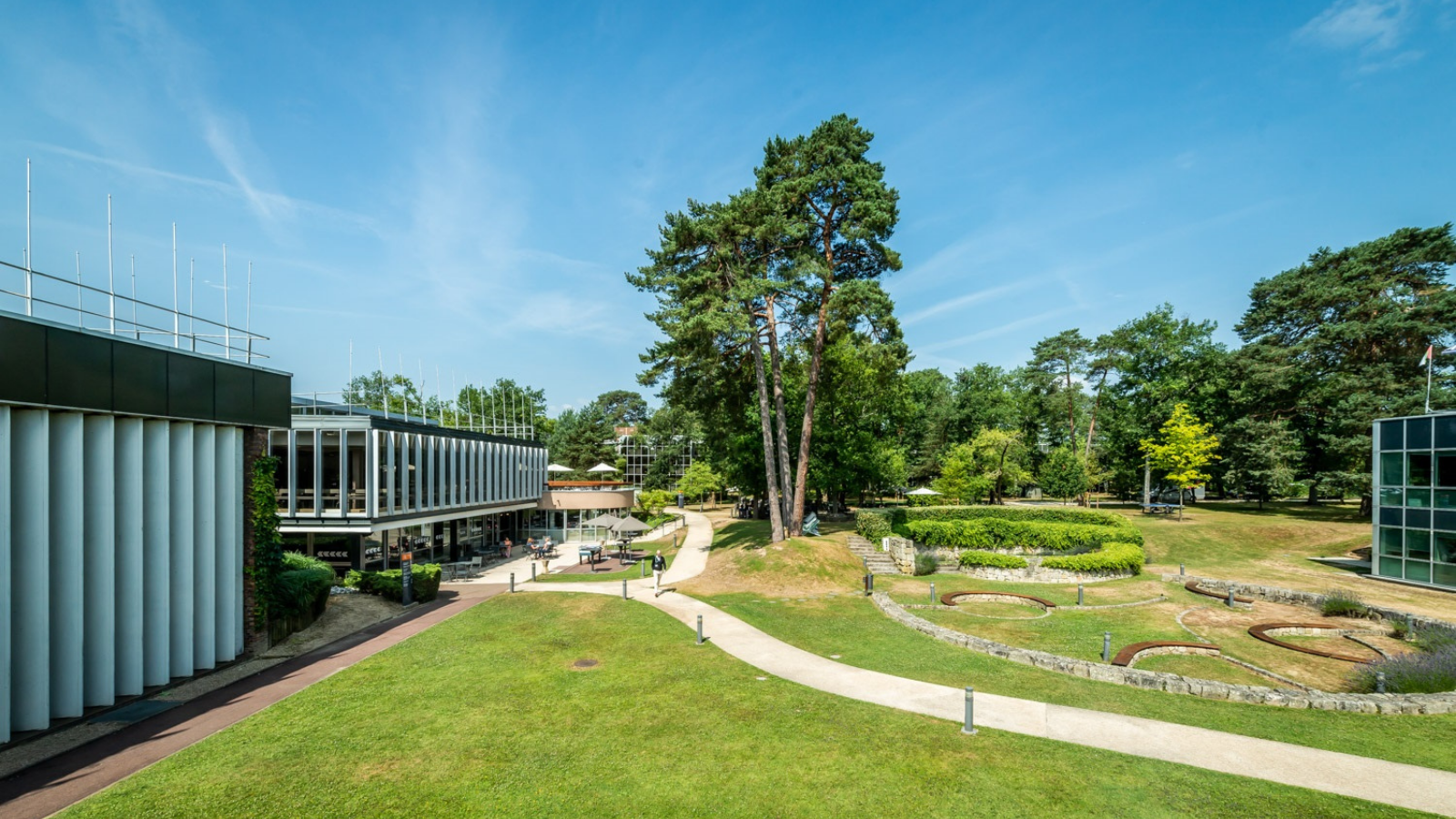 INSEAD Fontainebleau campus