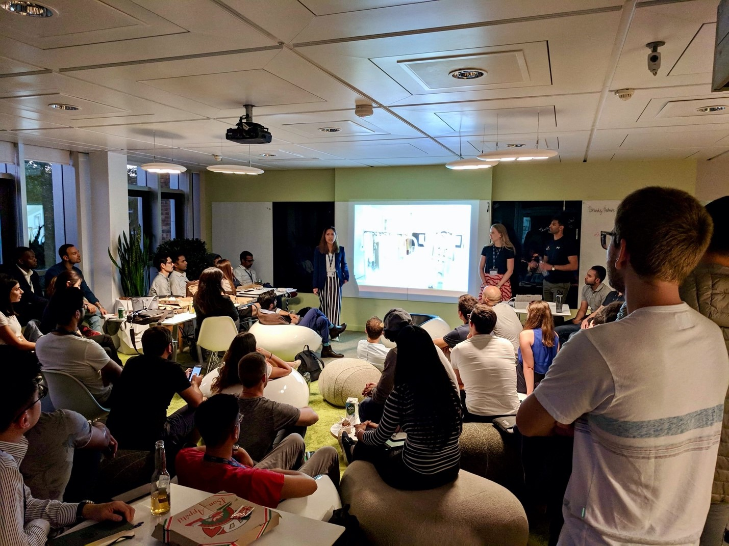 "IEC's ""3Ps"" night: pitches, pizza, and pints"